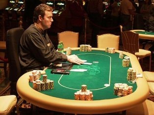 Tips or gratuities given to dealers by players at casinos gambling therapy