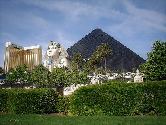 It's just a 5 to 7 minute walk from the Luxor to Mandalay Bay