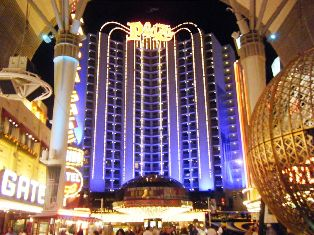 Downtown Las Vegas Hotels Reviews And A List Of All The In Safe Tourist Friendly Part Old Nevada