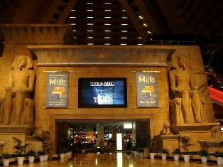 Luxor's Casino Floor Entrance