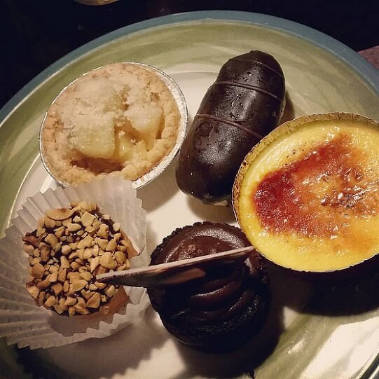 Some yummy desserts at Treasure Island's Buffet