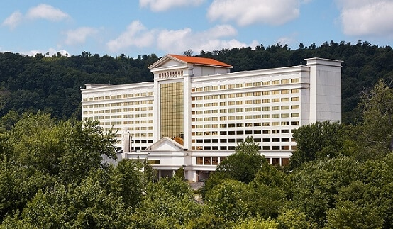 Horseshoe Southern Indiana is the 3rd closest casino to Nashville