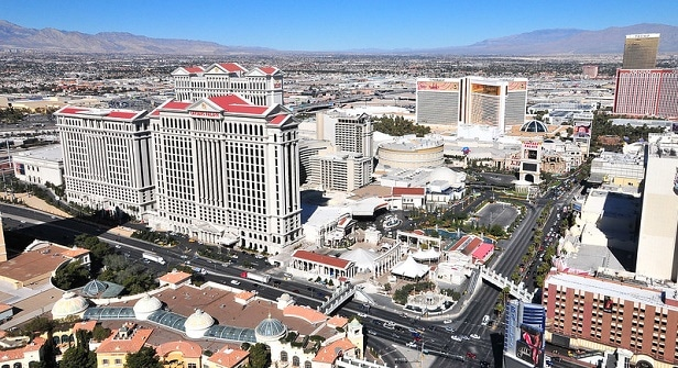Caesars Palace is a massive property, but has a massive amount of parking.